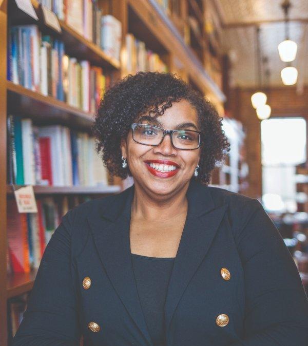 Leading Ladies 2019: Regina Bartlett, Author & Wellness Influencer for ReginaBartlett.com