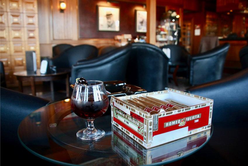Hill & Harbor Cigar Lounge