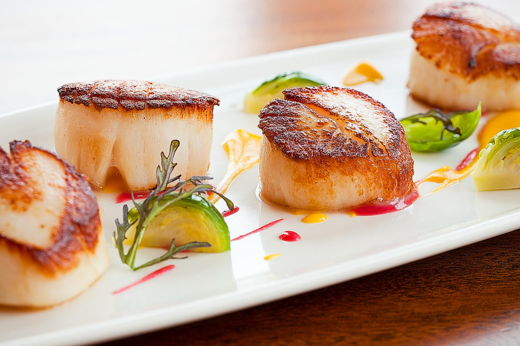 Georges Bank Scallops at the Boat House in Tiverton