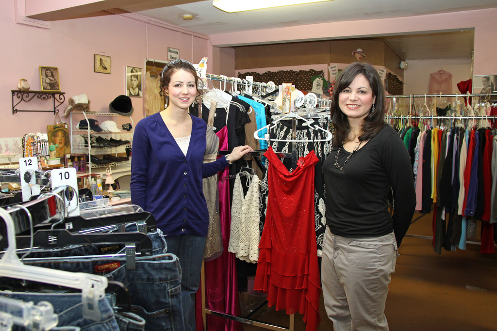 Alicia Roque and Bekki Neal of Smarty Pants Consignment in Swansea