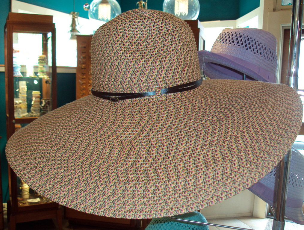 If you don't want to get stuck with sunburn on your face this summer, you'll need some serious UV protection. This sun hat has an SPF of 50, and features a brown base with threads of bright pink, green and yellow to give it a quirky quality that agrees with everything in your closet. The San Diego belted floppy hat is perfect for outdoor activities, whether it's a casual event or a formal affair. The Ultrabraid design allows it to bend and fold, but still maintain its original shape so it's always a ready to wear accessory. 
