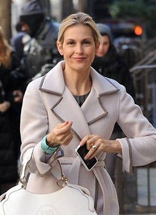 Lily van der Woodsen, played by Kelly Rutherford on Gossip Girl