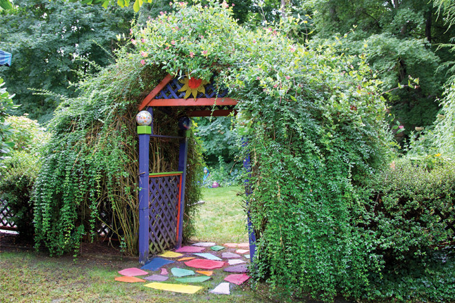 A movie-ready garden in Warren.