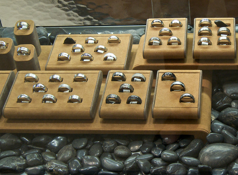 Men's rings and wedding bands $105-$1,135