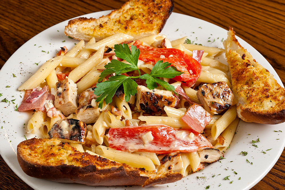 Chicken with Roasted Peppers and Penne