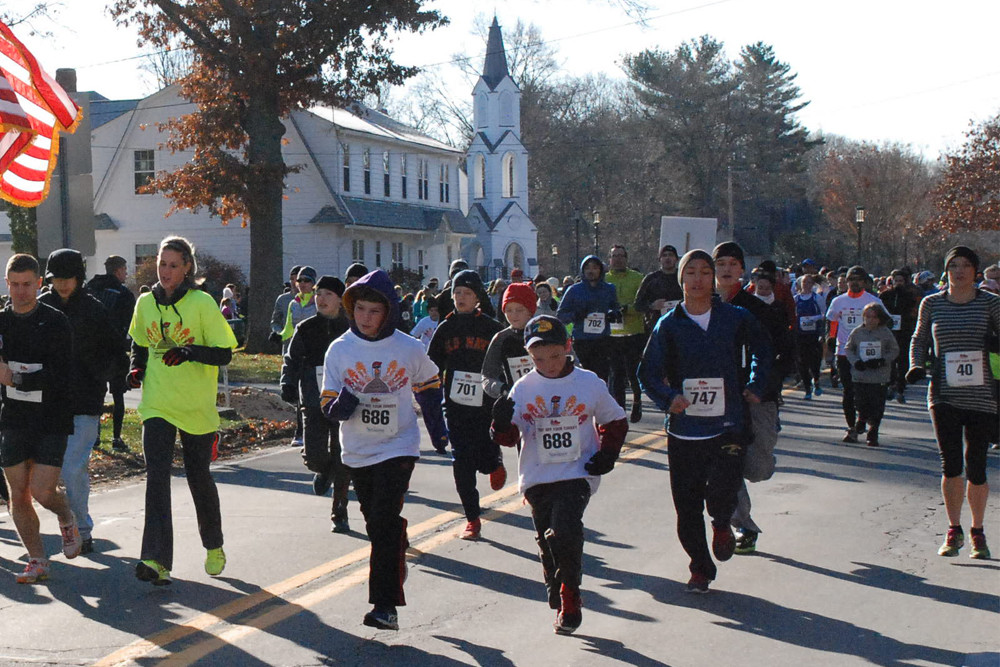 St. Luke's 18th Annual School Trot Off Your Turkey in Barrington on November 25