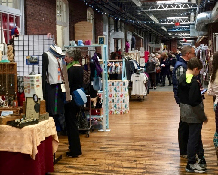 Shoppers stock up on handmade gifts at the Craftopia pop-up market