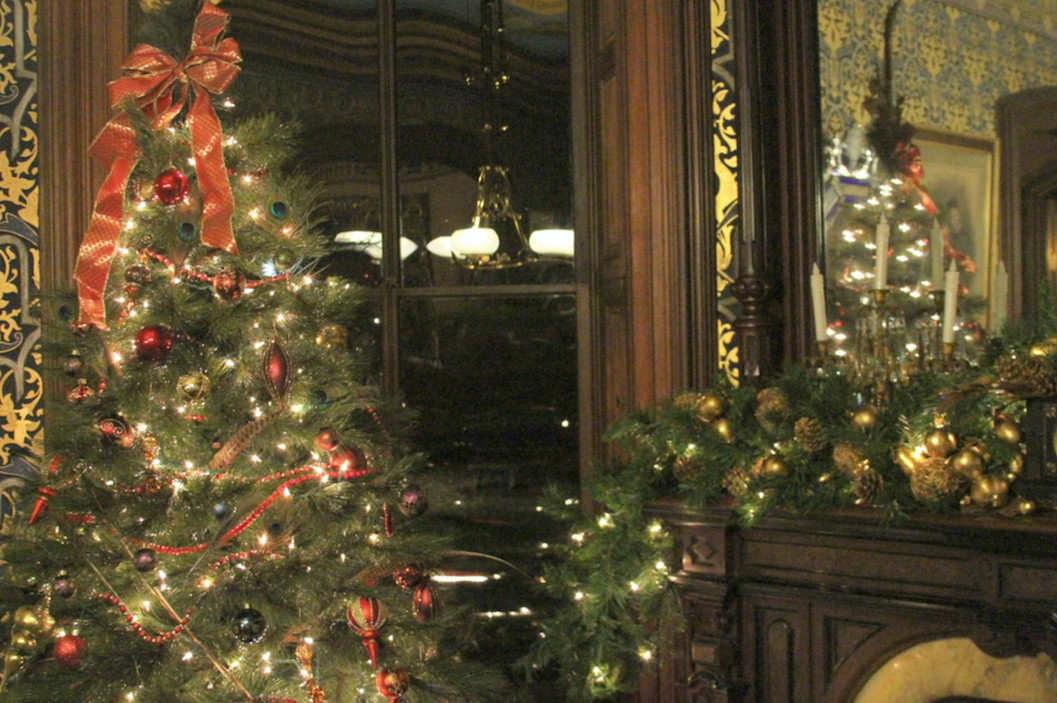 Lippitt House dresses up for the holidays for a very Victorian Christmas