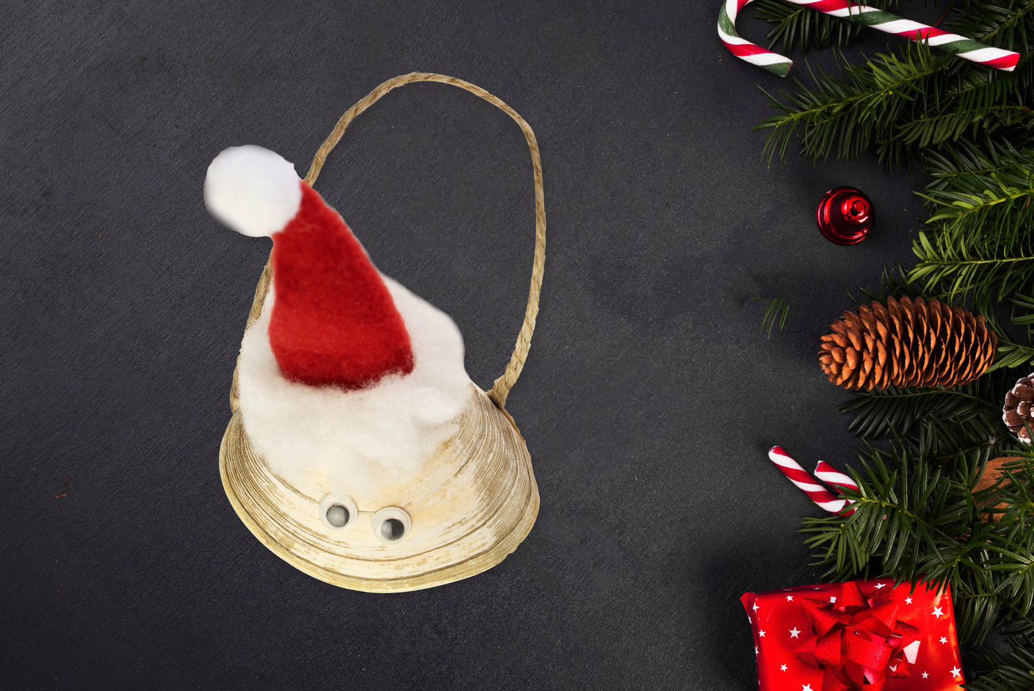 Christmas Santa quahog 