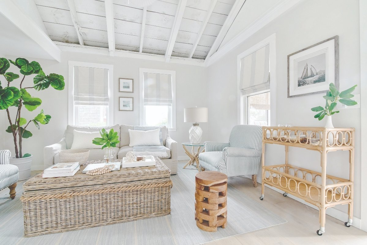 REFRESH WITH WHITE: Blakely Interior Design shows us that white walls are anything but boring in this coastal charmer.
