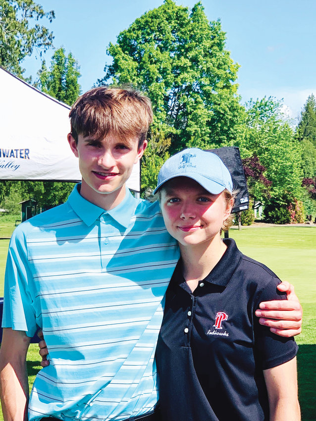 On their third trip to Olympic 1A Washington State championships, Port Townsend golfers Jacob Madison and Mackenzie Lake climbed up the rankings.