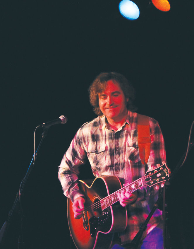 Mark Stuart, a singer, guitarist and songwriter, will play at Rainshadow Recording at 7:30 p.m. on Nov. 17.
