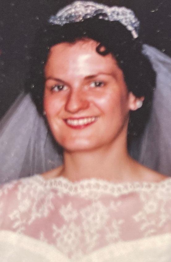Elizabeth (Betty) Louise McGahan