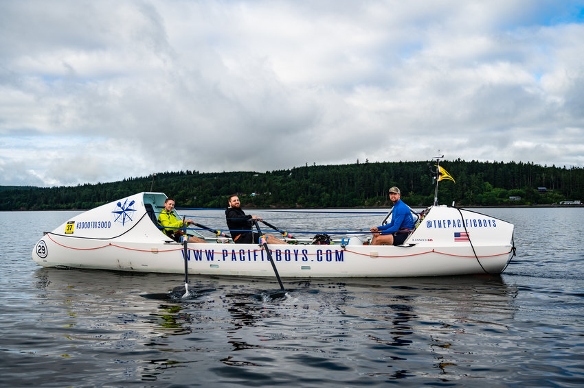 The Pacific Boys make their way toward the first mark of the WA360.