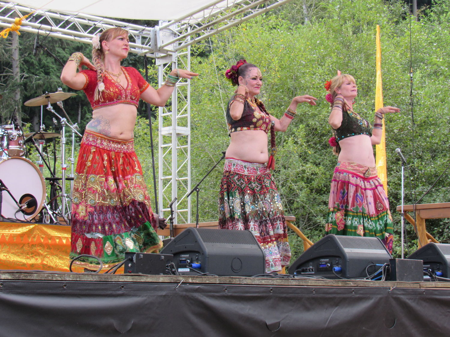 Traveling from Port Angeles to Quilcene, the Shula Azhar belly dancers showed their moves. Leader photos by Jimmy Hall