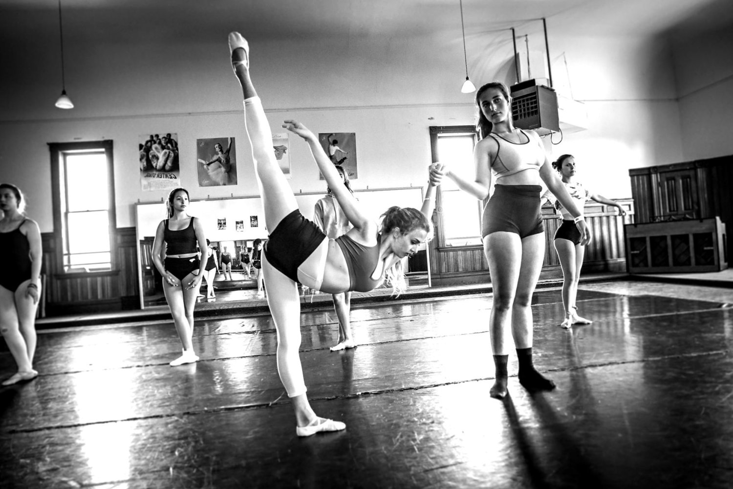 Live Love Dance' : 52nd show features ballet, hip-hop, more