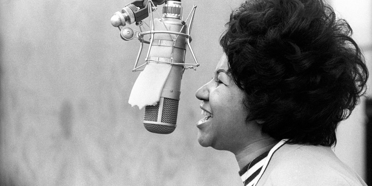 Aretha Franklin recorded her gospel album before a live audience at the New Temple Missionary Baptist Church in Los Angeles in 1972.