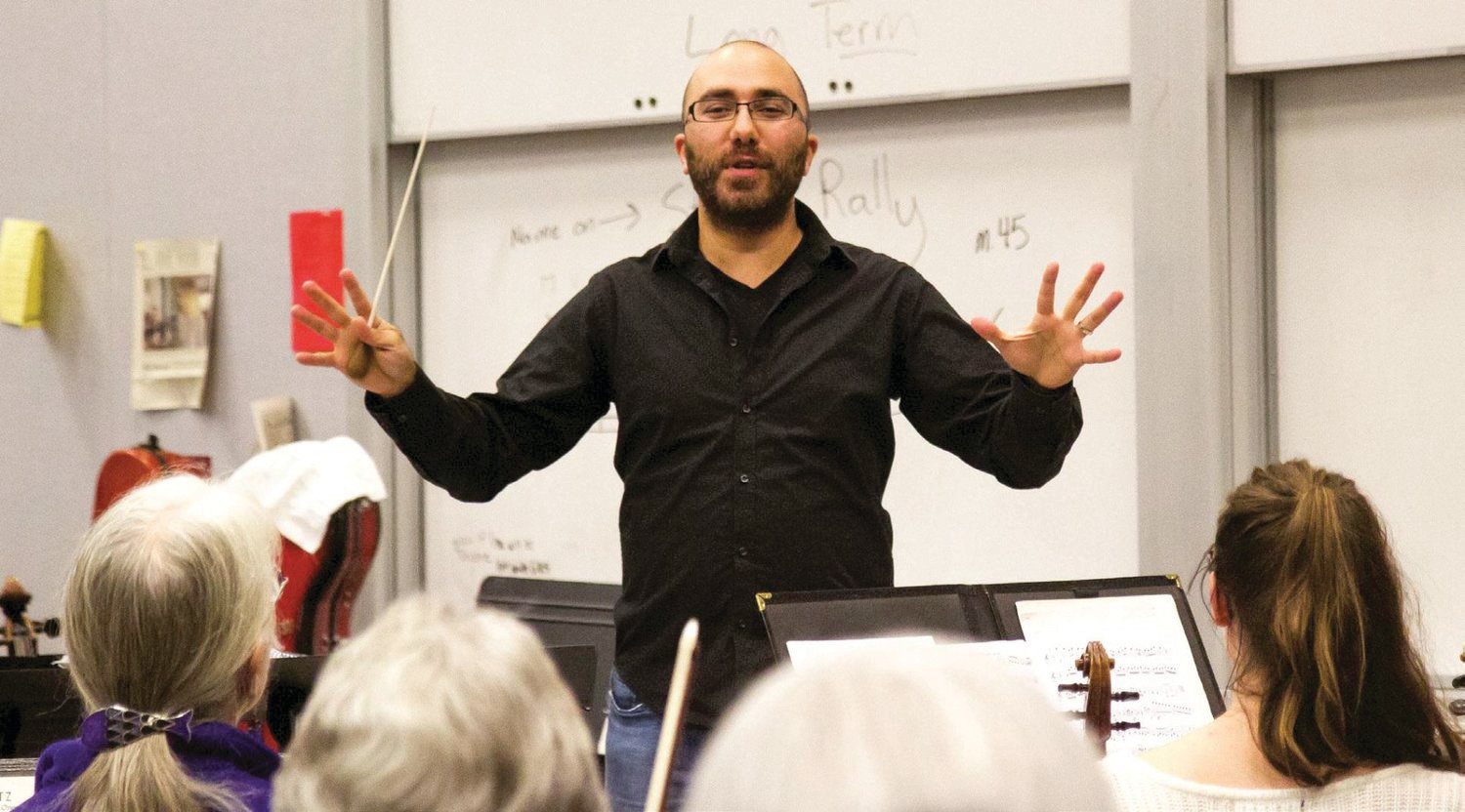 "Tigran Arakelyan, artistic director and conductor of the Port Townsend Symphony, will host a new show on KPTZ Radio Port Townsend called ""Exploring Music"" from 3 to 4 p.m. Sundays."