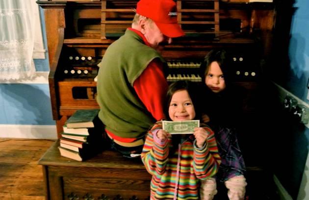 Pipe organist and grandchildren