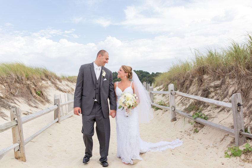 Sarah Ann Burlingame and Joshua James Roza Marry