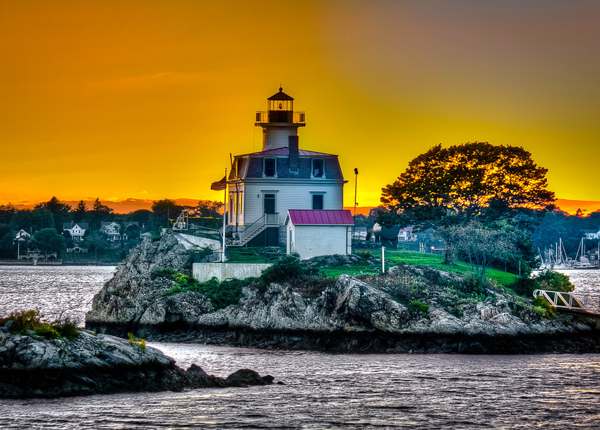Pomham Lighthouse at Sunset by Thomas Duffy of Seekonk