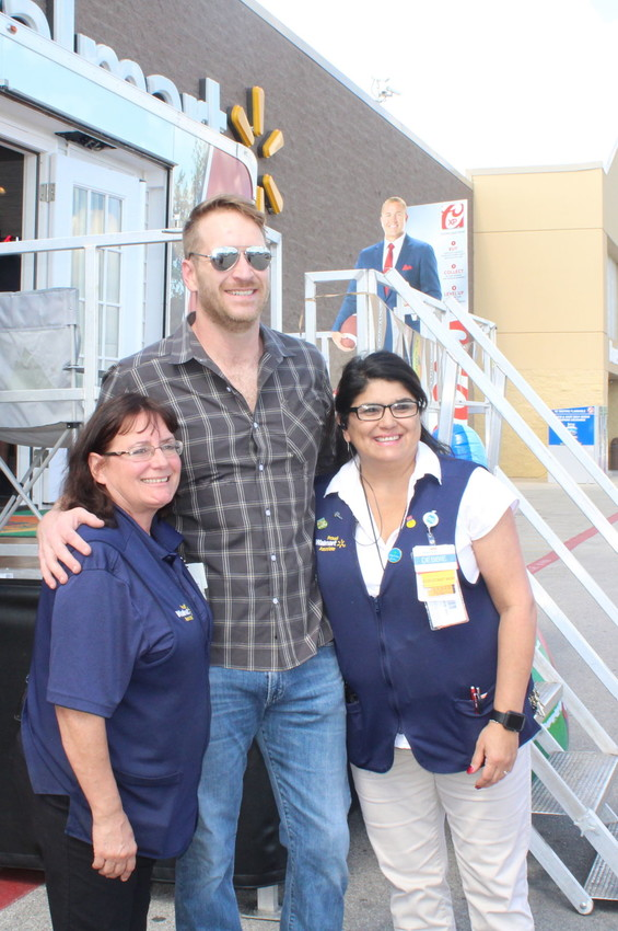 Barrett Baber, who placed third on NBC's 'The Voice' in 2015, launched a tour by greeting residents and signing copies of his CD at Sealy Walmart on Oct. 6.