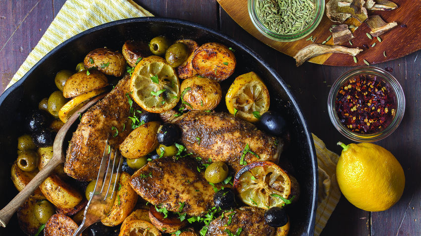 Rustic chicken with ripe olives