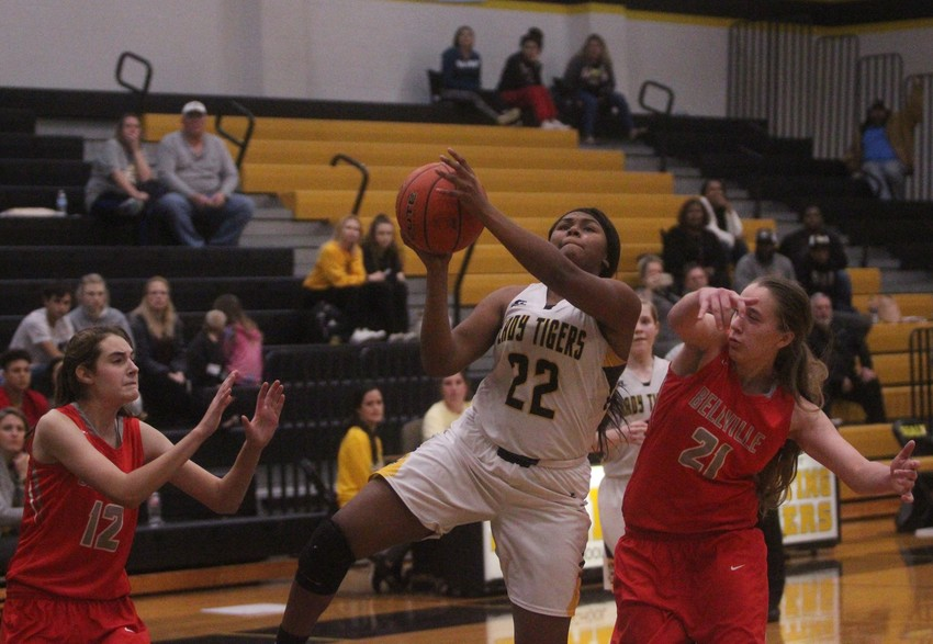 Senior Diari Dabney made her presence known in the paint all night long.