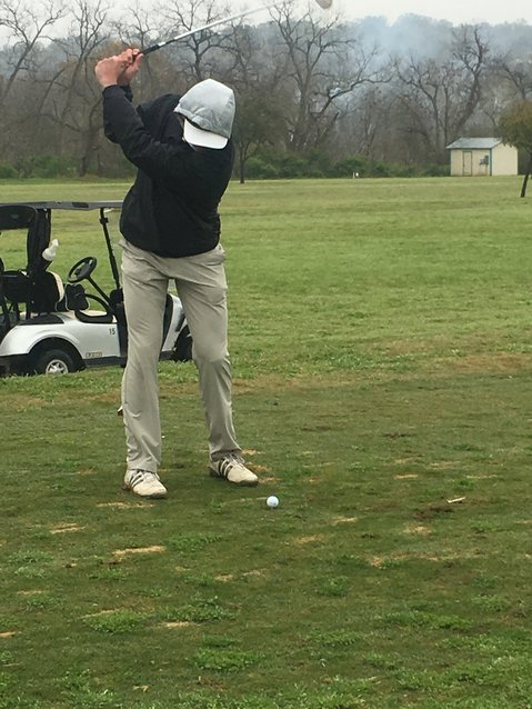 Hunter Thielemann wasn't far behind Roberts and finished with a 45 to help the team score.