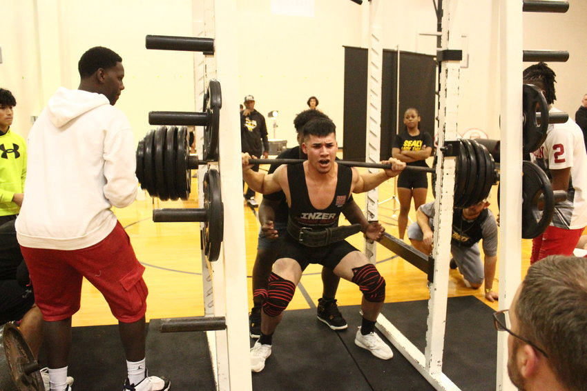 Gustavo Vital registered at least 400 pounds in the squat rack in each of the meets he participated in, helping his total surpass 1,000 pounds each time out as well.