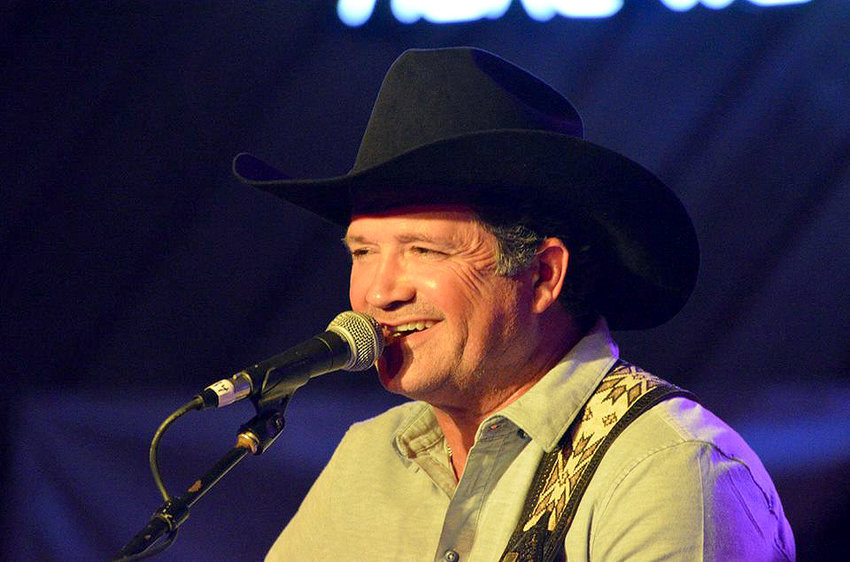 Tracy Byrd performs at the Fort Bend County Fair in 2015. He will perform this weekend at Sealybration on Saturday night.