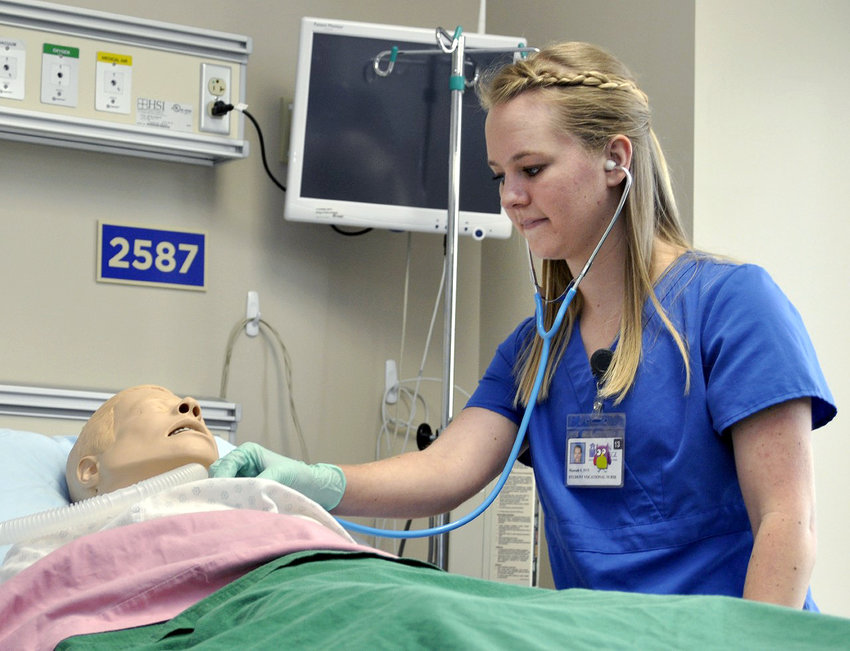 Blinn College's vocational nursing program is inviting prospective students to learn more about its face-to-face and online/blended vocational nursing programs through information sessions available on campus and online.