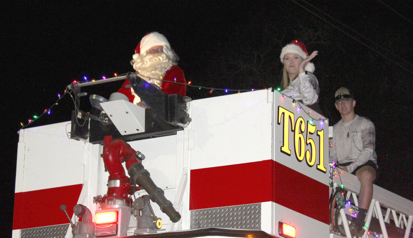He sees you when you're … watching the Fantasy of Lights Parade! Santa Claus was a featured guest at Saturday night's parade through downtown Sealy as part of Sealy Community Foundation's Fantasy of Lights celebration last weekend.