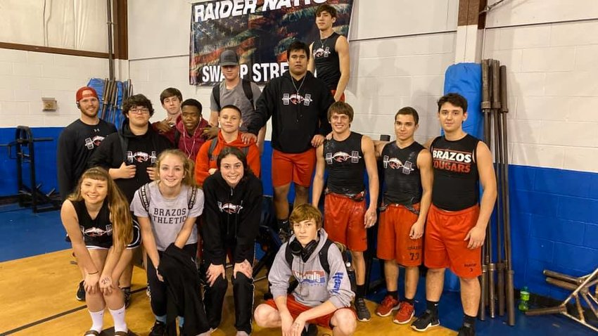 The Brazos powerlifting teams started their season last Thursday evening at Rice High School, competing in the Swamp Strength Invitational. Two Cougarettes earned points for the team competition and six Cougars cracked the podium.