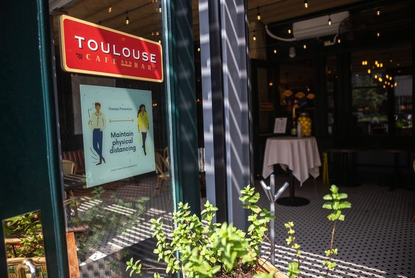 Toulouse Cafe and Bar in Austin is open for dine-in services.