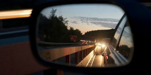 traffic-car-rear-view-mirror-night