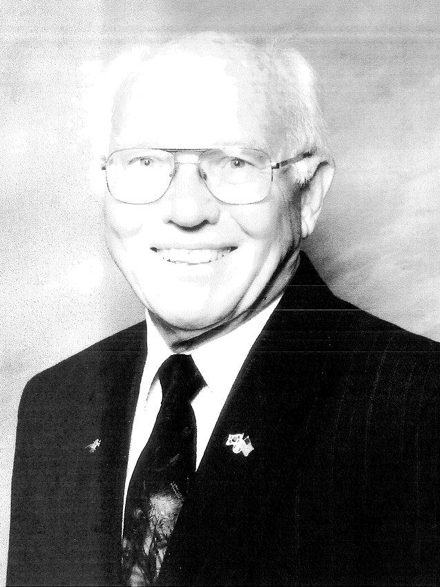 Vilas Lyle Bielefeldt
