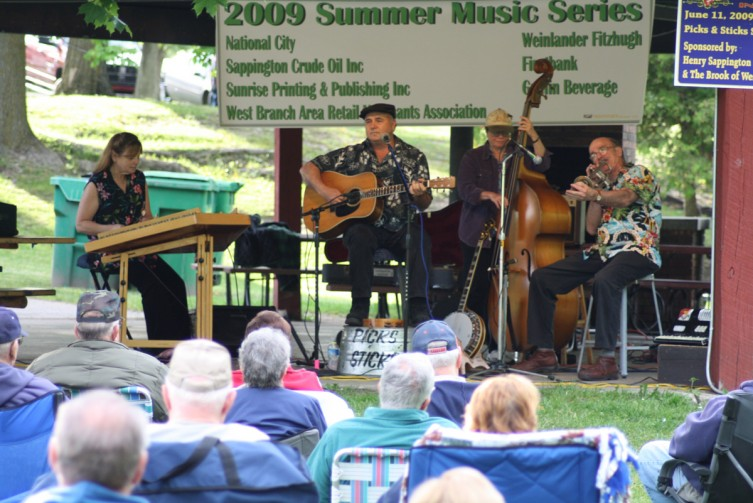 The Picks & Sticks Stringband was the first to take the stage for the 2009 Summer Music Series in Irons Park.