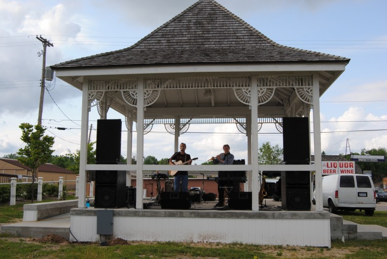Speakers boomed at the Depot and audience members at the second event of the summer concert series were treated to a variety of hits from the 1960's and 1970's including covers from artists like Hank Williams and Paul Simon.