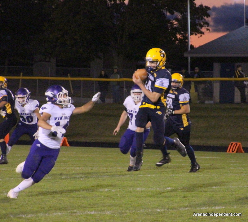 Nolan Raymond of Standish makes a catch for the Panthers.