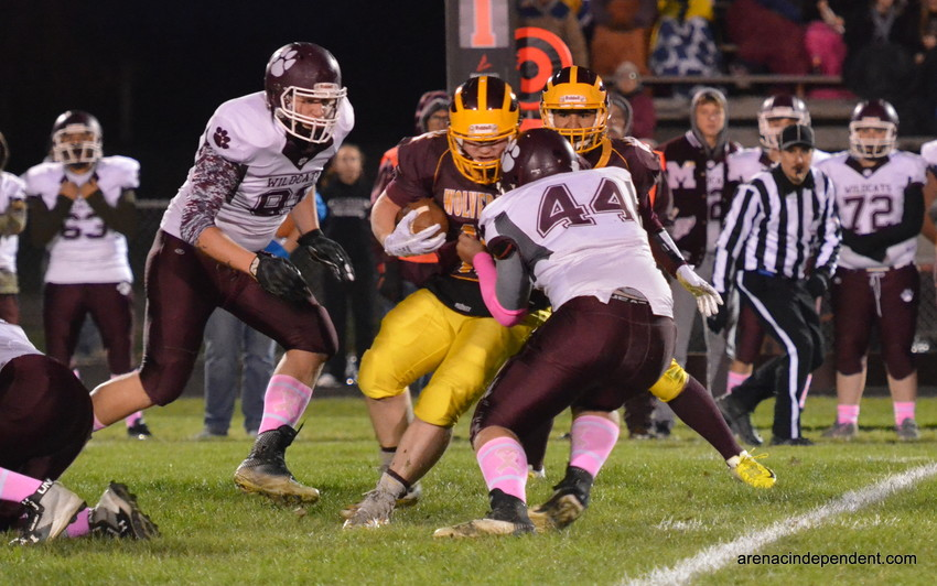 AGS' Caden Zeien runs the ball.