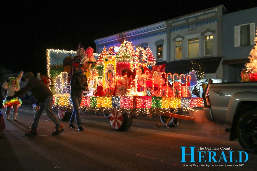 MidMichigan Health's float boasts a number of lights and decorations.