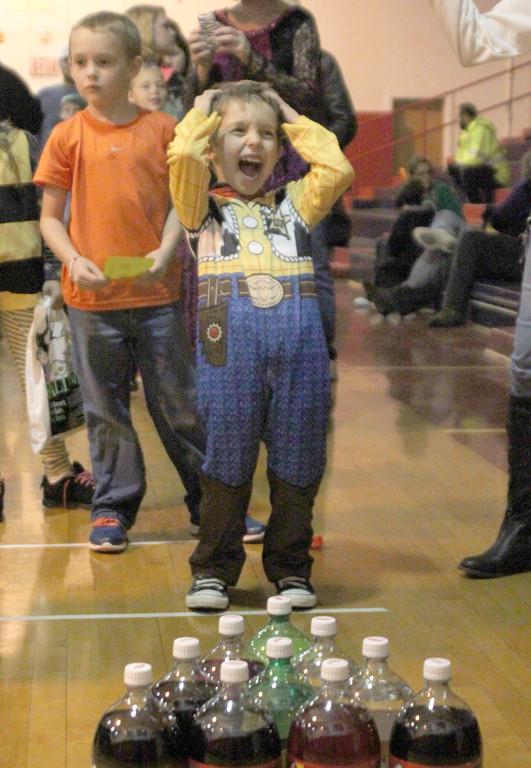 Kids Pack Surline For Halloween Party Ogemaw County Herald