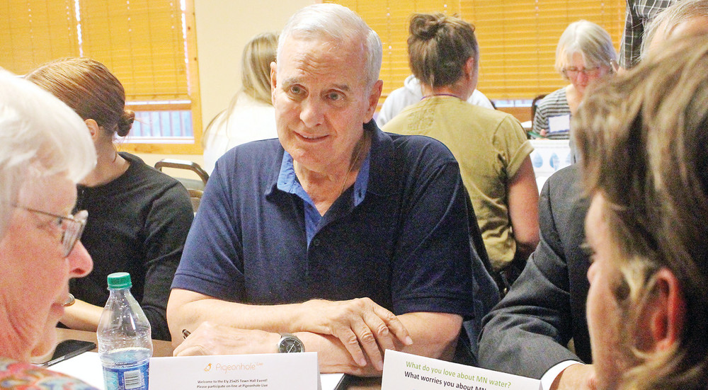 Gov. Mark Dayton met with hundreds of northeast Minnesota   residents Tuesday night to discuss his plan to improve the state's water quality.