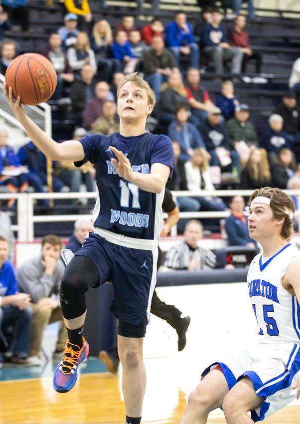 Brenden Chiabotti drives for a layup during the Grizzlies' win over Carlton on Saturday.