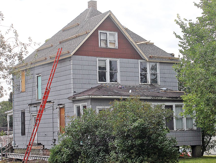 A vacant house in Ely, owned by City Council member Paul Kess, showed signs of improvements this week,   following recent complaints by a neighbor and a negative report by the city's building official.