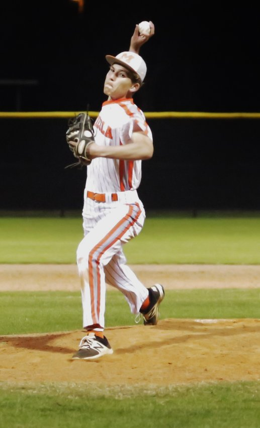 Mineola's Spencer Joyner got the best of a pitcher's duel with Winnsboro for the district win last Thursday. (Monitor photo by John Arbter)