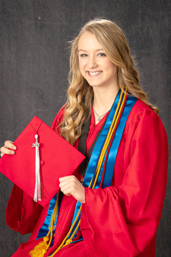 Alba-Golden ValedictorianBella Crawford